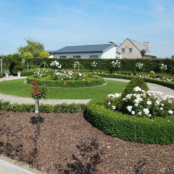 Kunstgras tuin en beplanting